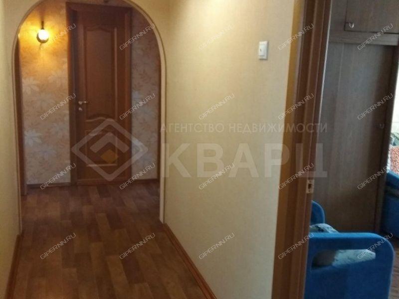 четырёхкомнатная квартира на Молитовской улице дом 4